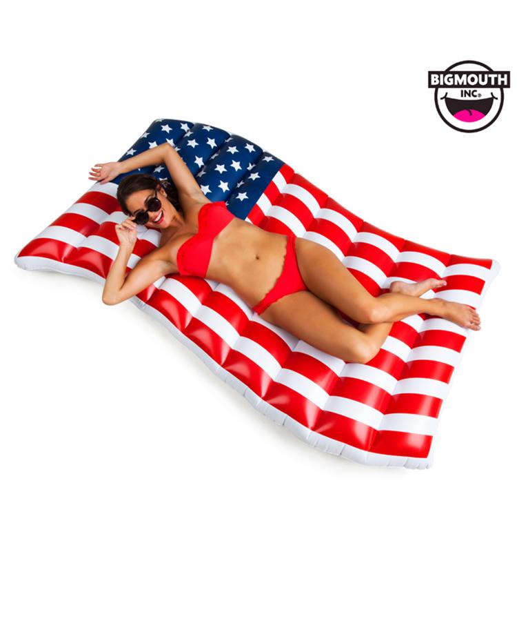 【BIG MOUTH】Waving American Flag Pool Float
